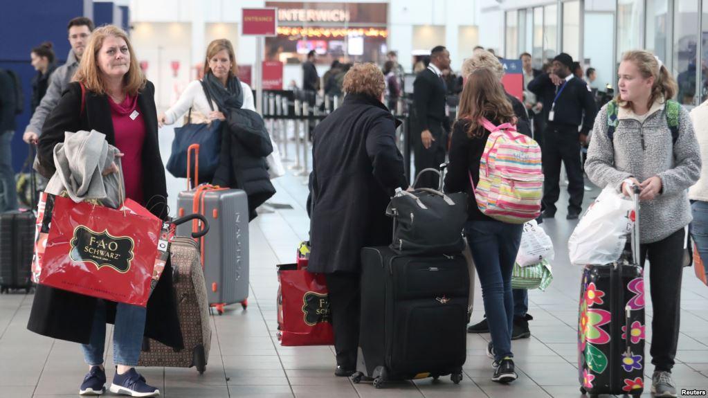 Cifra récord de viajeros por el Día de Acción de Gracias en EE.UU.