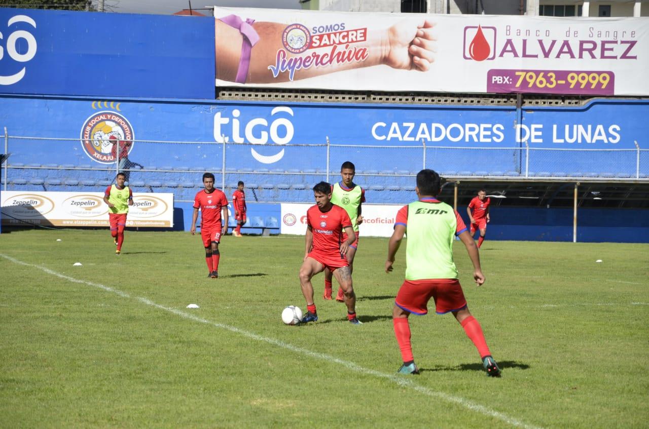 Xelajú continúa preparándose para las semifinales