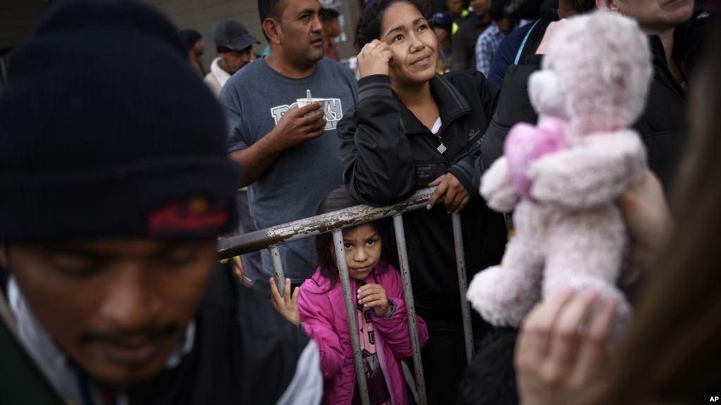 Patrulla fronteriza ordena chequeo médico a niños en custodia tras muerte de otro menor guatemalteco
