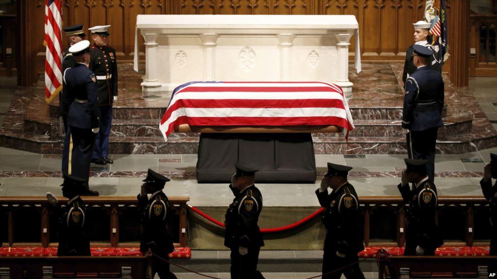 Texas rinde honores y da último adiós a George H.W. Bush