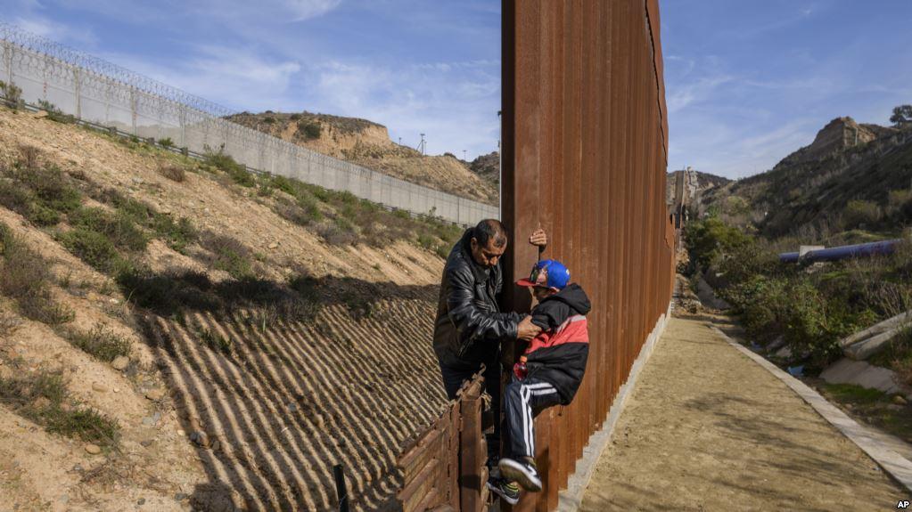 Trump: «Necesitamos desesperadamente seguridad fronteriza y un muro en la frontera sur»