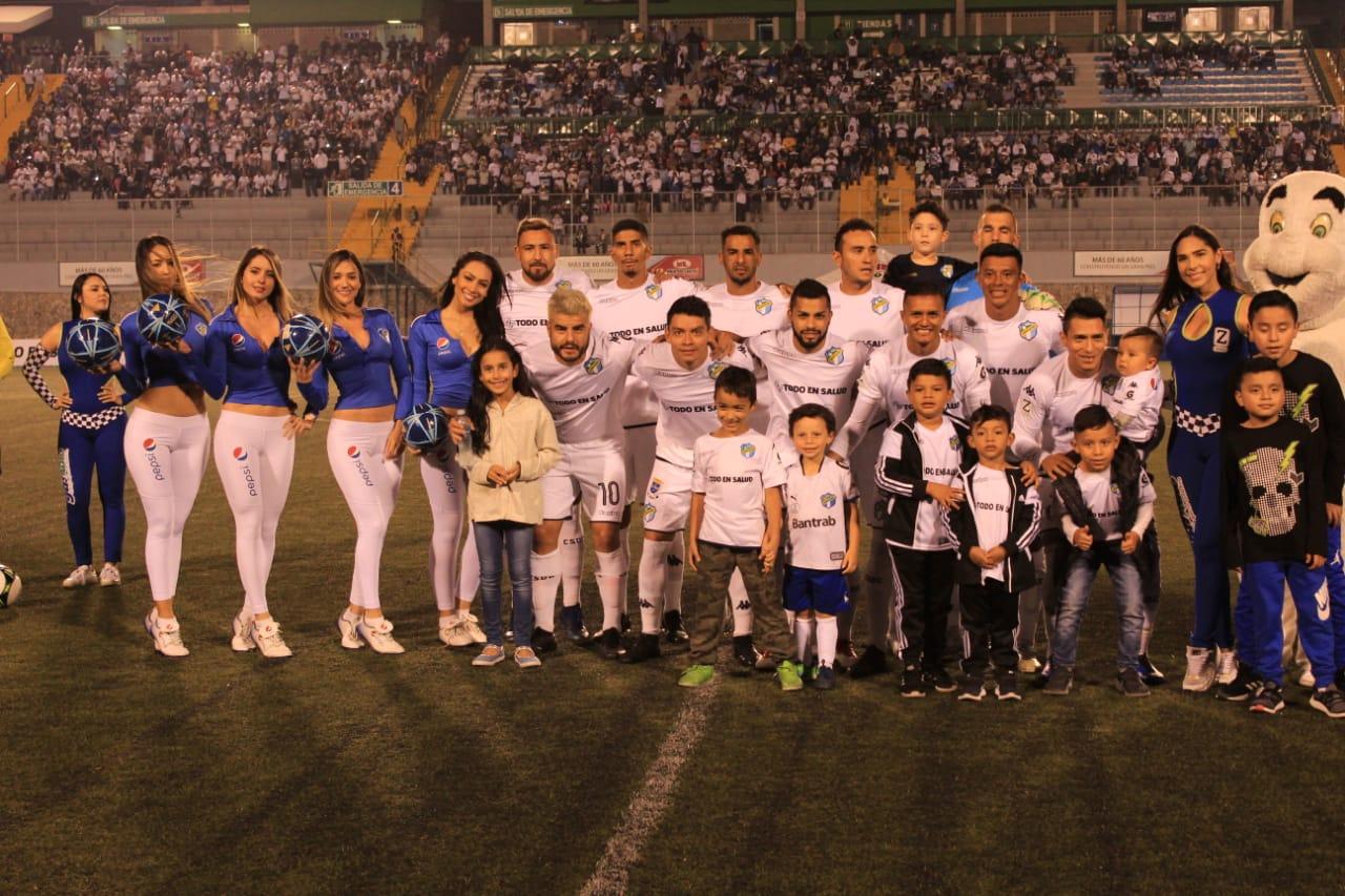 Xelajú ya tiene rival, enfrentará en semifinales a Comunicaciones FC