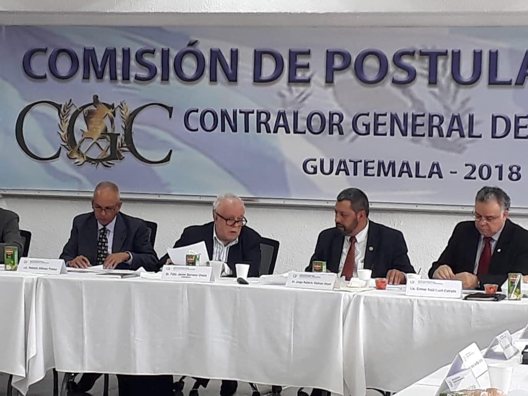 Dos quetzaltecos buscan dirigir la Contraloría