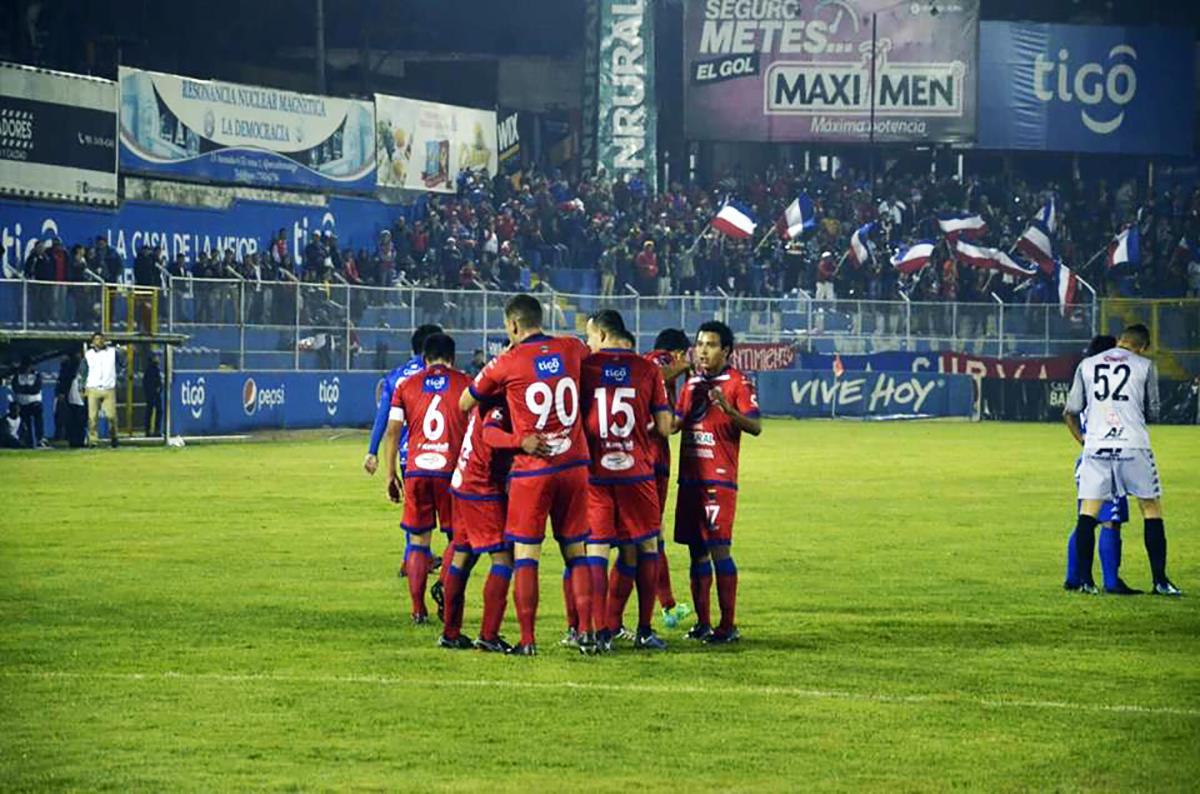 Resultados y posiciones de la jornada 1 en la Liga Mayor de Guatemala