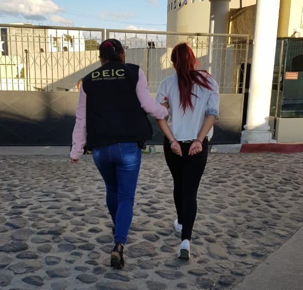 Mujer de 21 años tiene vigentes tres órdenes de captura