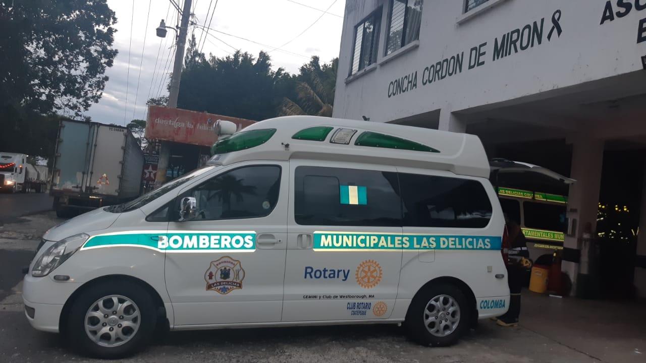Bomberos tienen nueva ambulancia