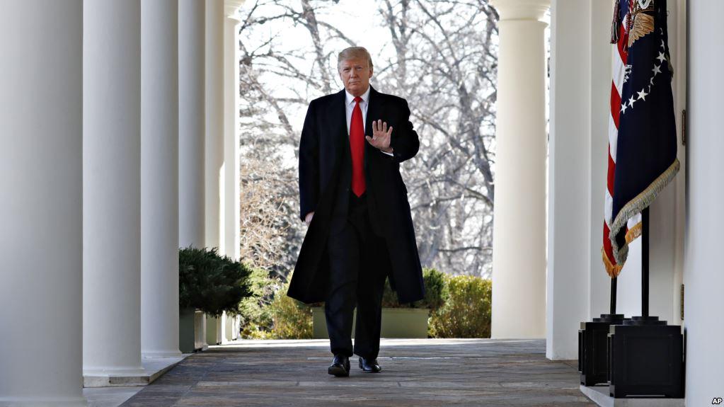 Trump se prepara para declarar emergencia nacional por situación en la frontera