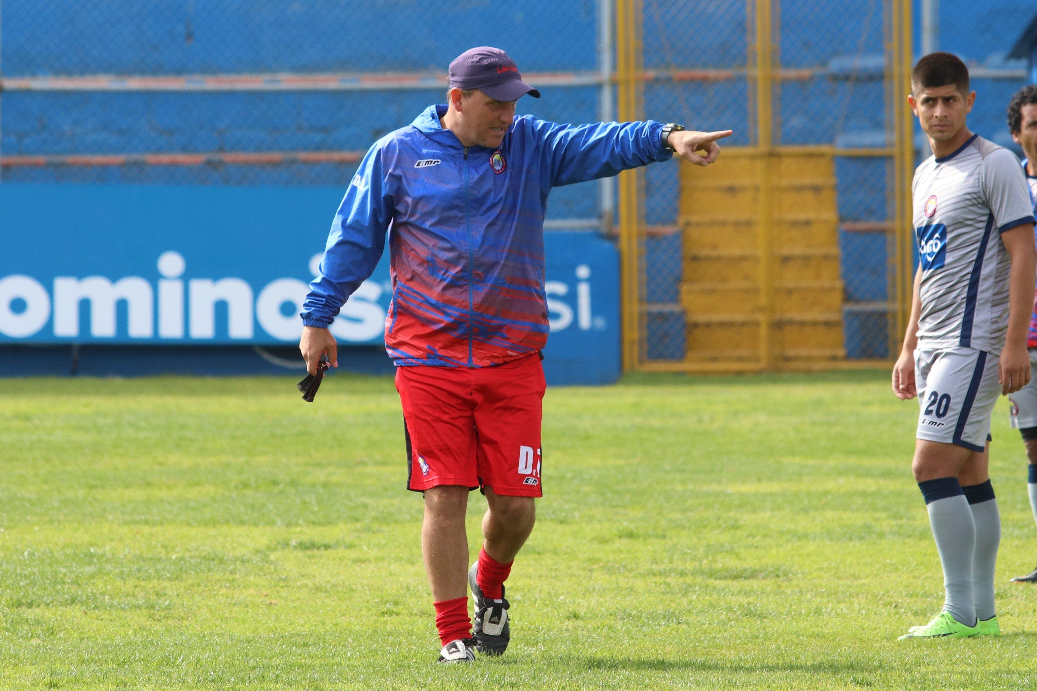 Ramiro Cepeda continuaría en Xelajú, siempre condicionado
