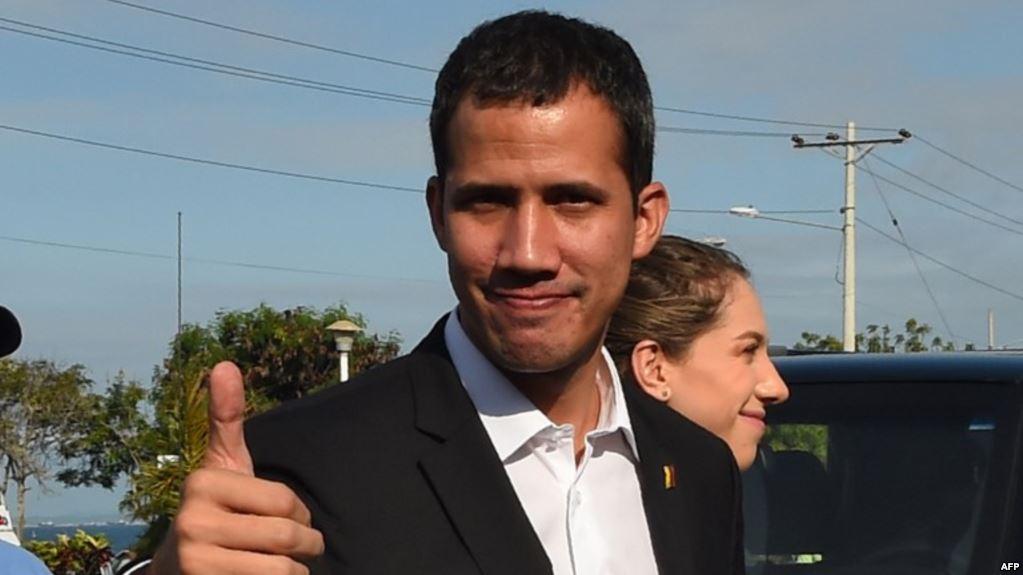 Guaidó anuncia su regreso y convoca a movilización