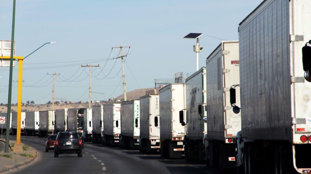 Expertos evalúan potencial cierre de frontera entre EE.UU. y México
