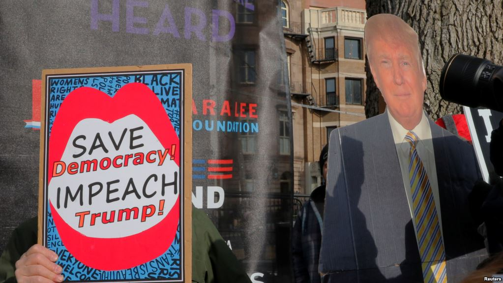 EE.UU.: demócratas continúan divididos sobre juicio político a Trump