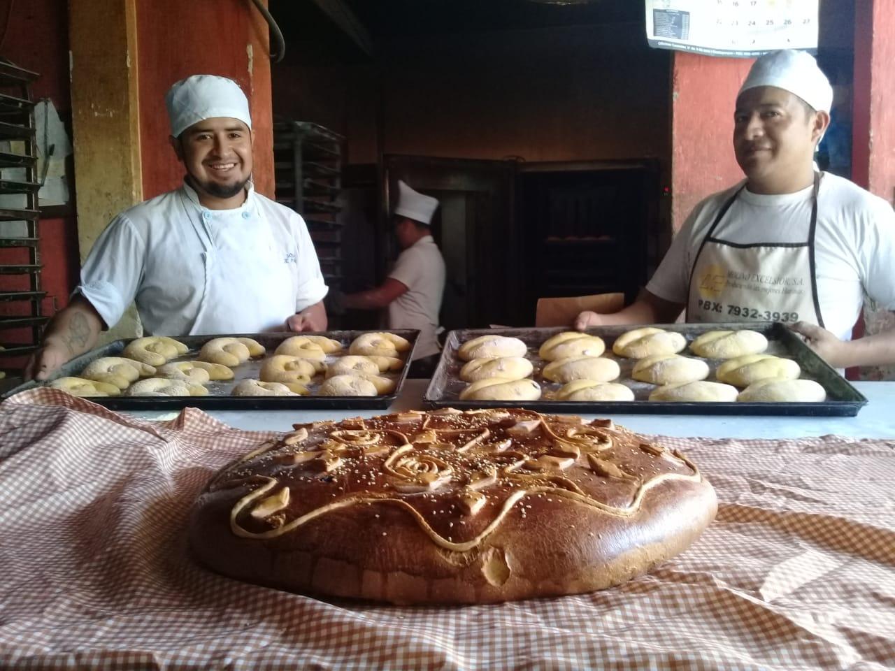 Elaboran siete clases de pan para Semana Santa