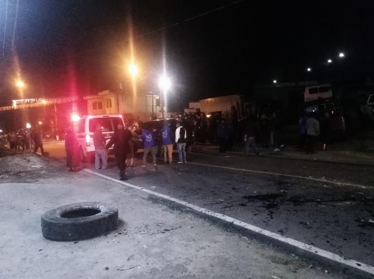 Integrantes de agrupaciones políticas protagonizan riña en Almolonga