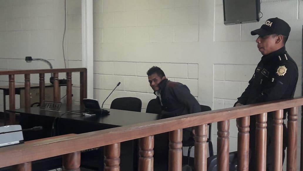Hombre condenado por intentar degollar a su conviviente