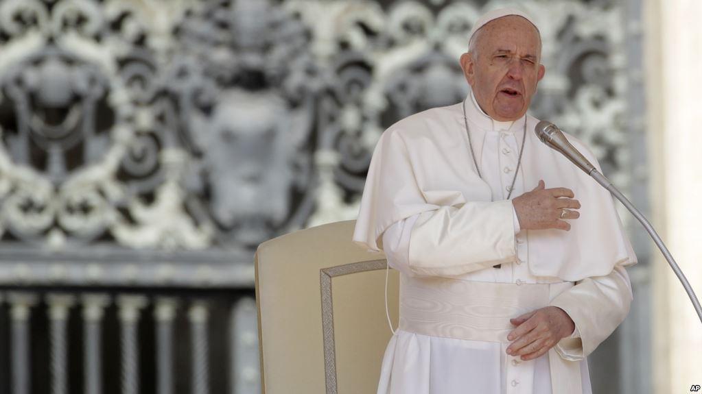 Vaticano ordena a religiosos denunciar los abusos sexuales