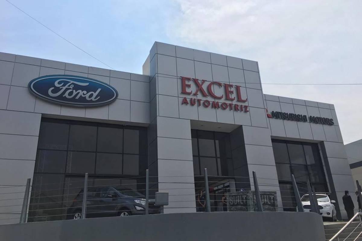 Excel celebra sus 100 años en América Central con promoción de 100 meses