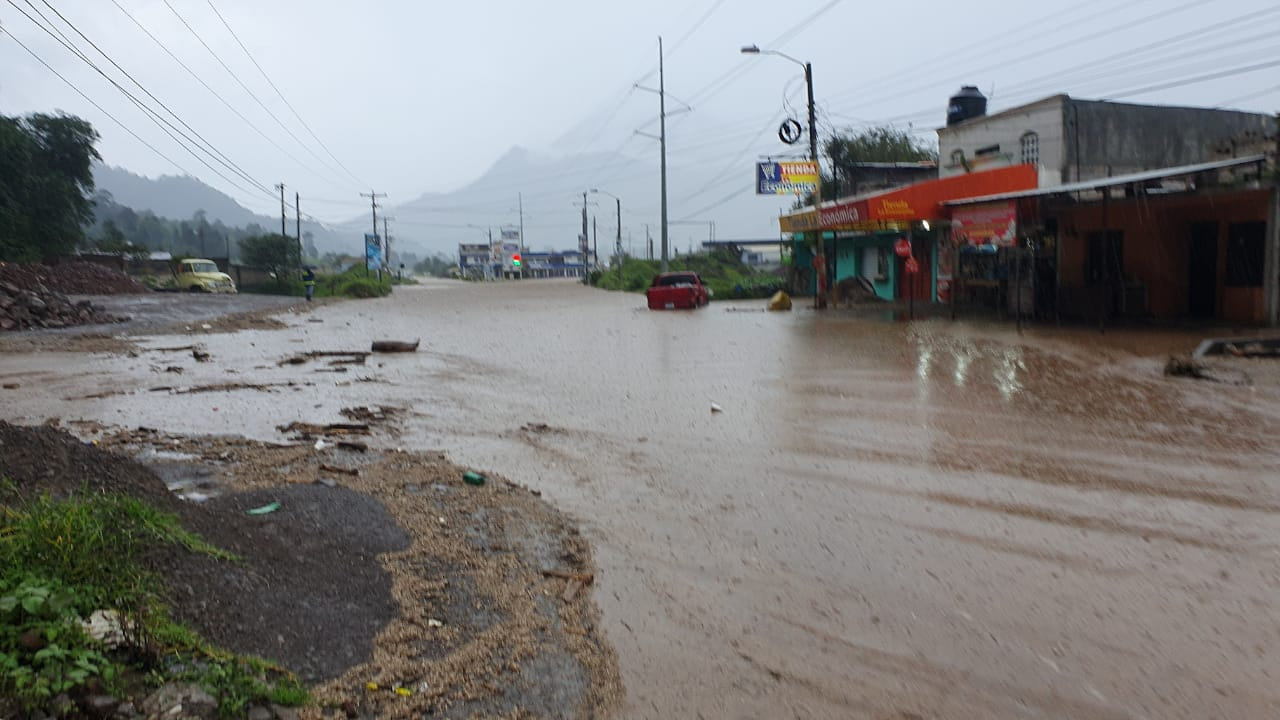 Lluvia causa estragos en el Valle de Palajunoj