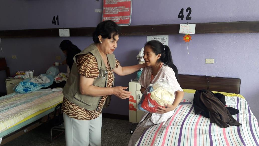 María Elena Camposeco: Agradecidos con Dios y las lindas personas que colaboran