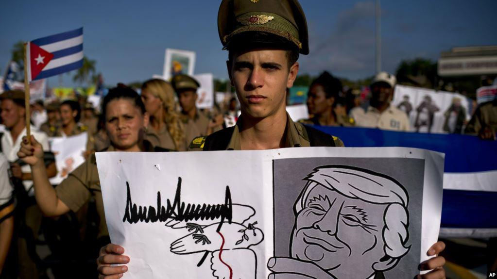 Trump confía en voto latino en 2020 porque ha sido «severo» con Venezuela y Cuba