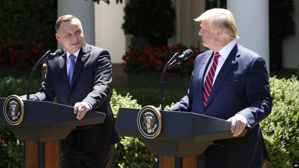 Trump: Polonia recibirá 1 mil tropas estadounidenses