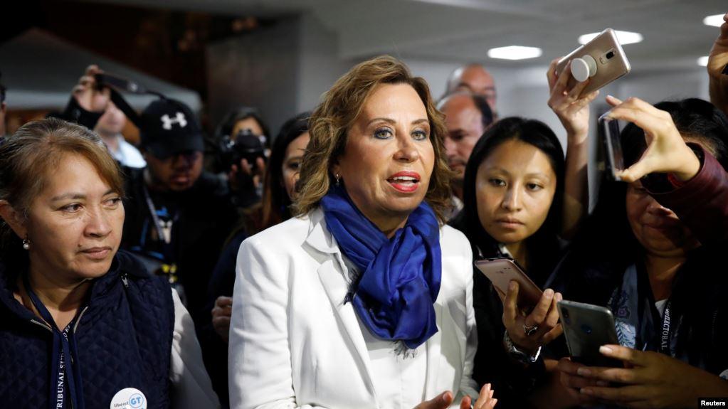 Guatemala: Exprimera dama Sandra Torres aventaja en elecciones, habría segunda vuelta
