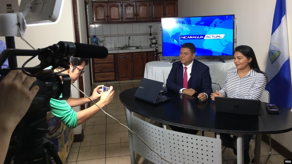 Periodistas nicaragüenses exiliados rompen la censura