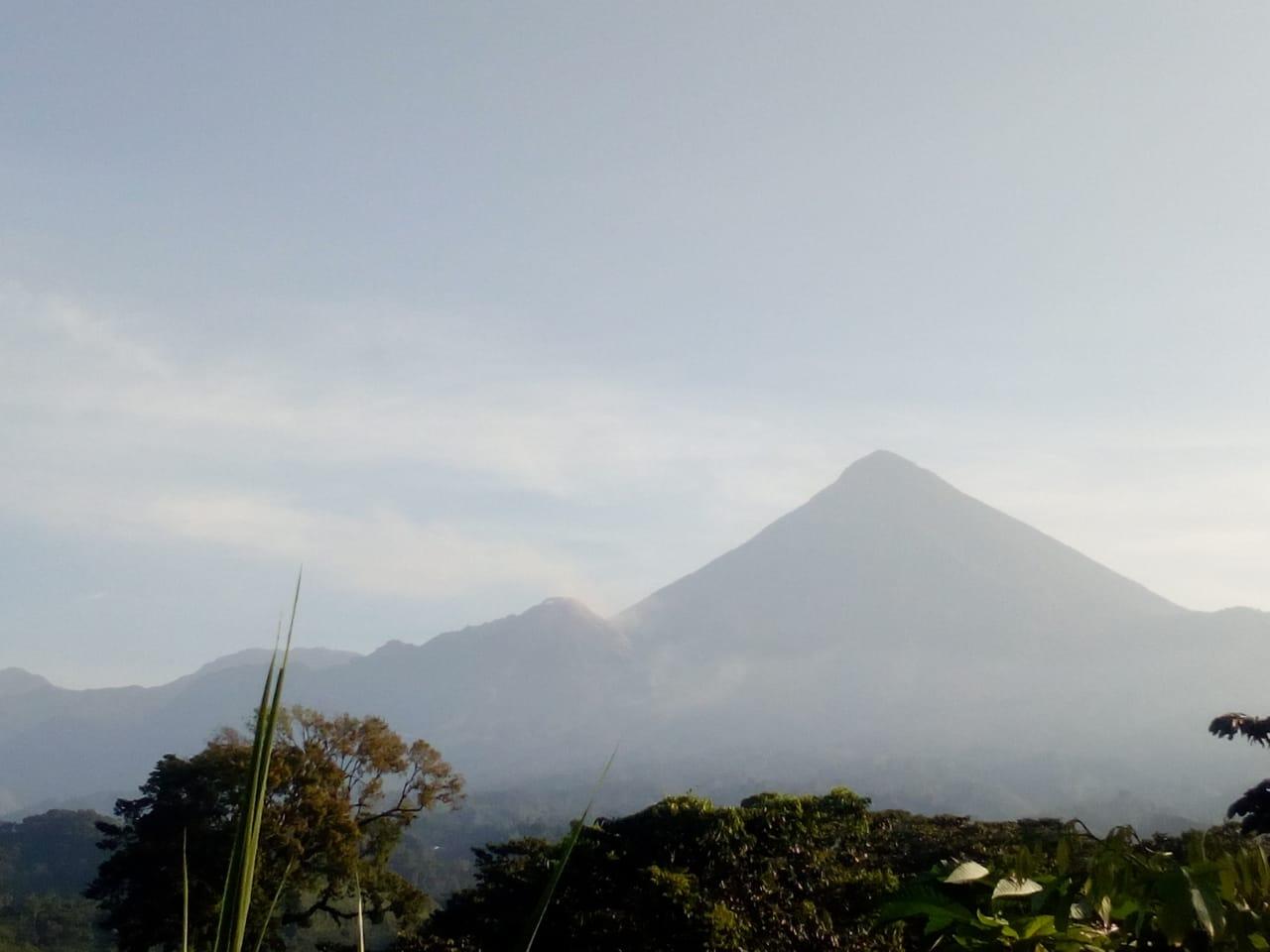 Conred monitorea el volcán Santiaguito