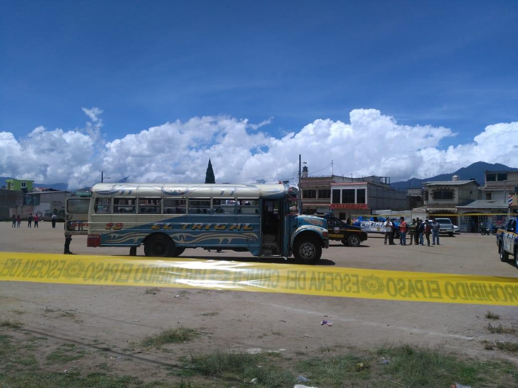 Mortal ataque armado a bus de la ruta El Trigal