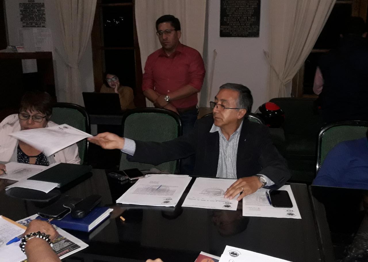 Solicitan investigar supuestos actos de corrupción en la EMAX