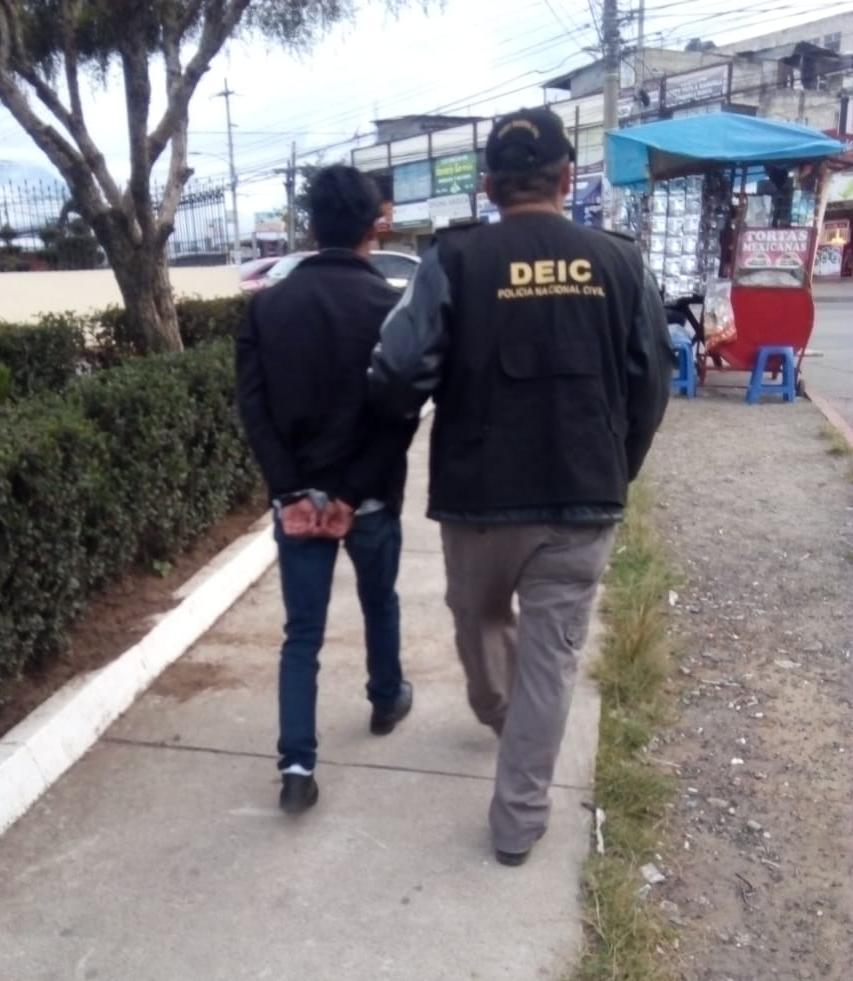 Capturado por violar a una menor de edad