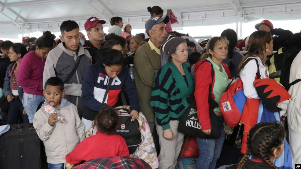 Comisionado de ACNUR preocupado por éxodo venezolano que impacta la región