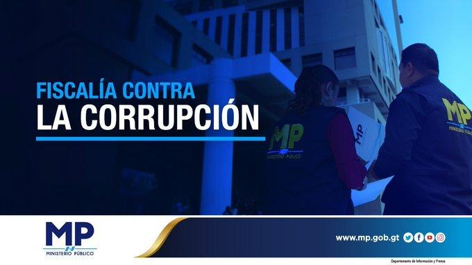 Arrestan a funcionarios municipales por posible corrupción