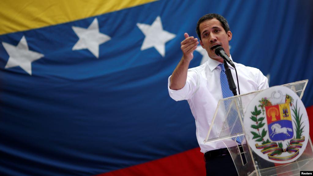 Guaidó anuncia que banco CAF propone ayuda millonaria para Venezuela