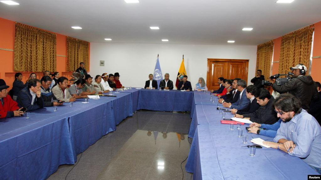 Gobierno de Ecuador deroga polémico decreto y llega a un acuerdo con los indígenas