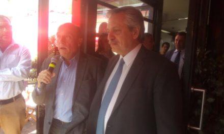 Presidente electo de Argentina Fernández visitó Uruguay