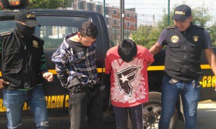 Vecinos detienen a presuntos extorsionistas en la zona 7 de Xela