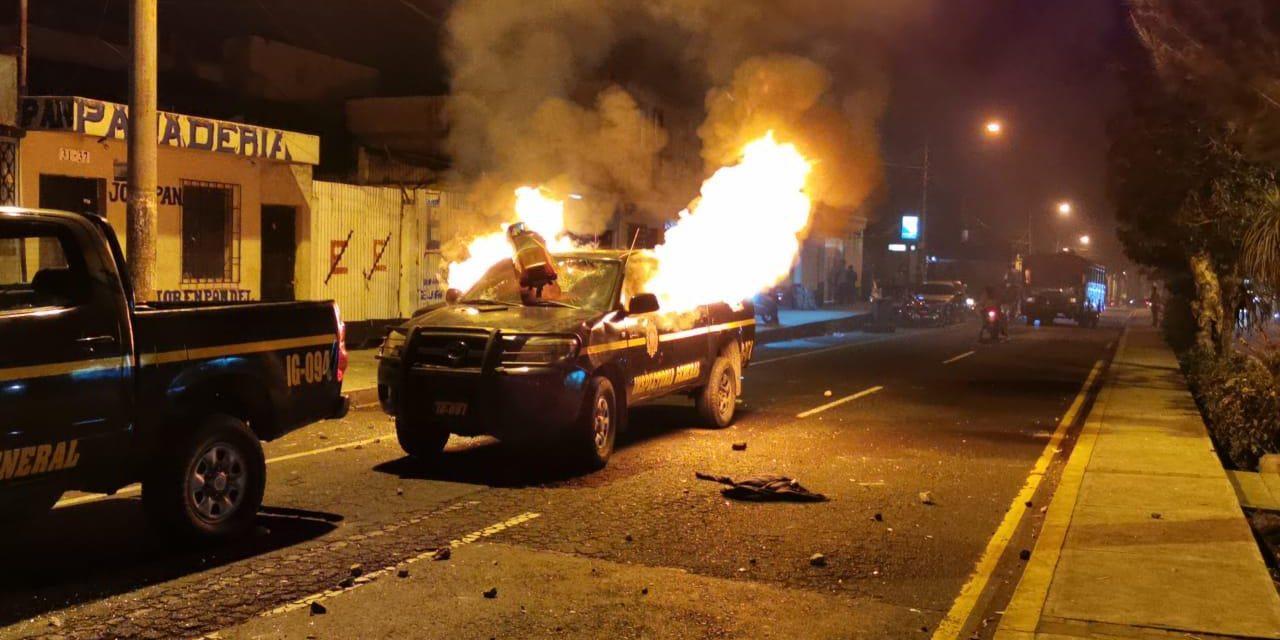 Agentes de PNC fueron atacados por otros agentes que participaban de extorsión