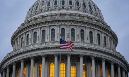 Senado de EE.UU. aprueba mayor paquete de ayuda para Venezuela