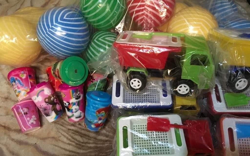 Estudiantes recolectan juguetes para niños de escasos recursos