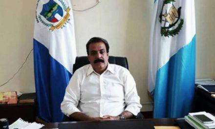 Capturan a alcalde de Las Cruces, Petén, por asesinato de concejal