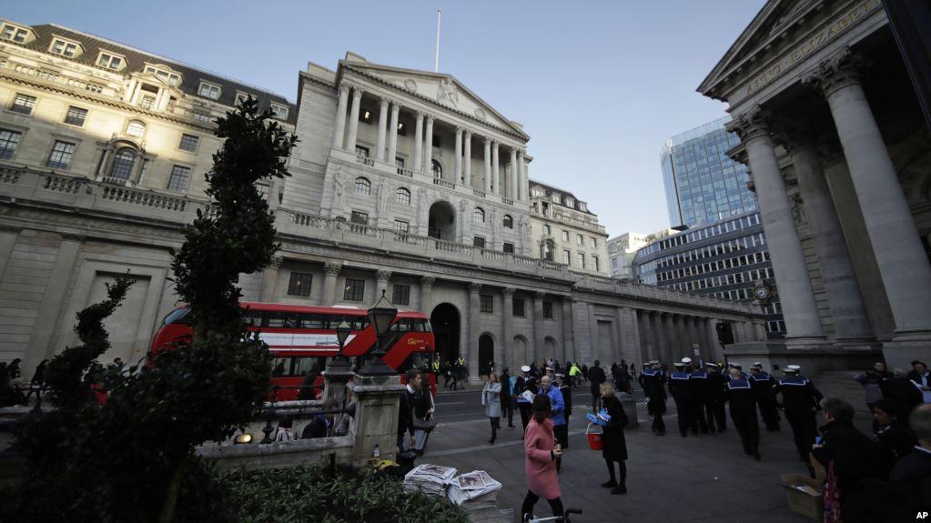 Banco de Inglaterra deja sin cambios tasas de interés