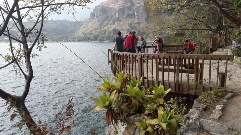 Así es un día a la orilla del Lago Atitlán