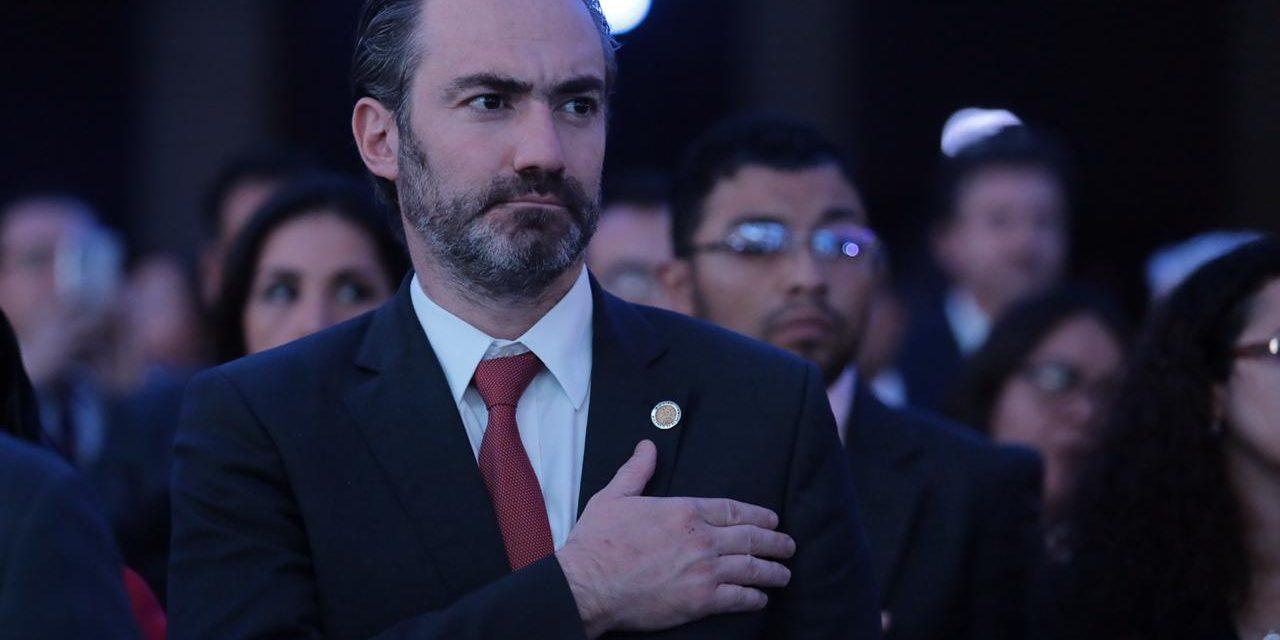 Exministro guatemalteco acusado de dos delitos pide asilo a Colombia
