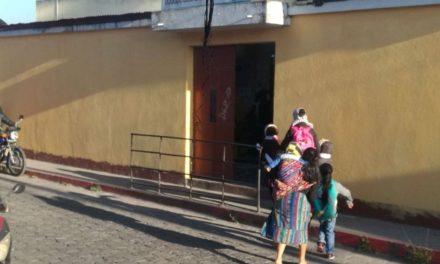 ¿Cuál será el horario de ingreso a clases en Quetzaltenango?