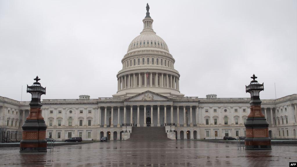 EE.UU.: Senado aprueba paquete de rescate de 2.2 billones de dólares