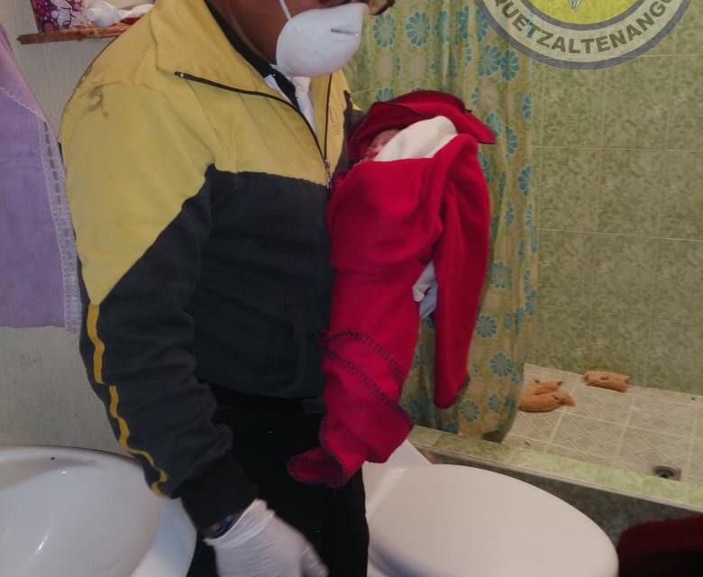Inusual atención de parto en la zona 6 de Xela
