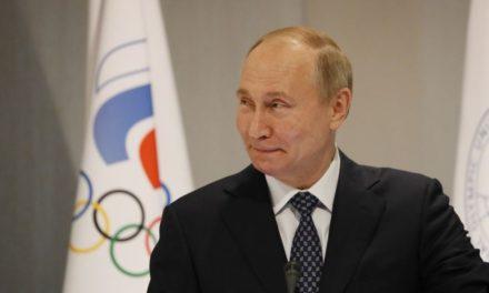 Parlamento ruso aprueba reforma constitucional de Putin que extendería su mandato