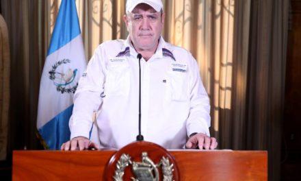 Presidente Giammattei confirma 126 casos de Covid-19 en Guatemala