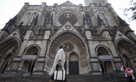 Sombría situación en EE.UU., catedral de Nueva York se convierte en hospital