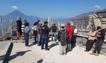 Restricciones para viajes en lancha en el lago de Atitlán
